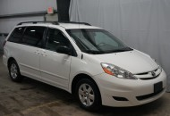 2007 Toyota Sienna LE // PDX Auto Imports LLC